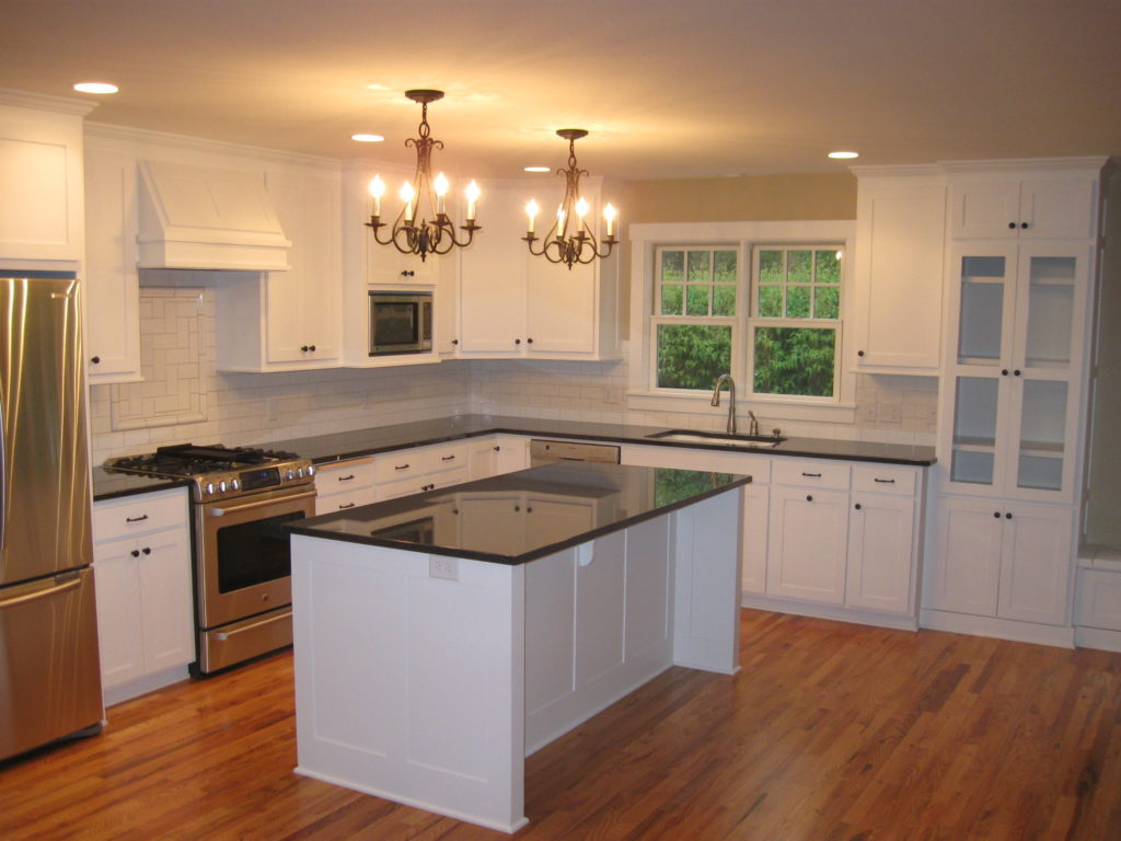 faire repeindre sa cuisine cuisine ancienne rustique r nover sa cuisine. Black Bedroom Furniture Sets. Home Design Ideas